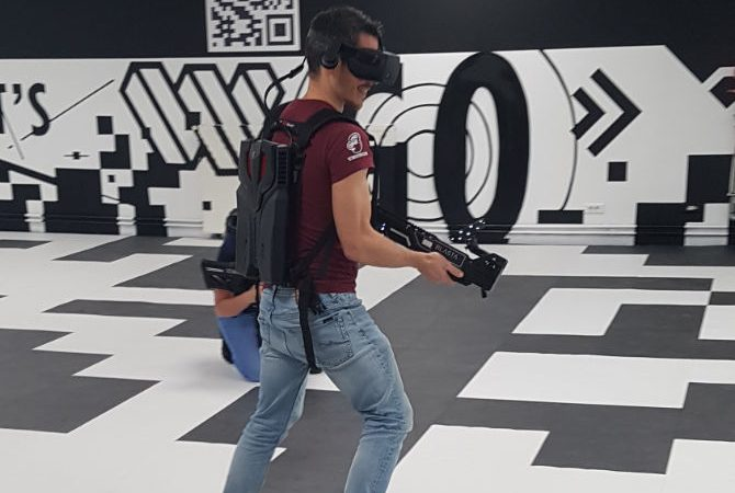 EVA Esport VR Free Roaming Paradox